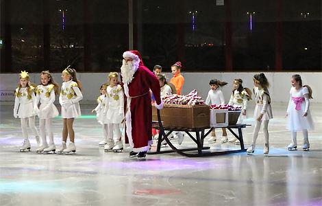 KNAX-Eisparty mit dem Nikolaus am 03.12.17 in der Eishalle Aschaffenburg