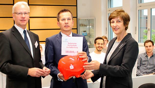 Sparkasse unterstützt die Technische Hochschule Aschaffenburg