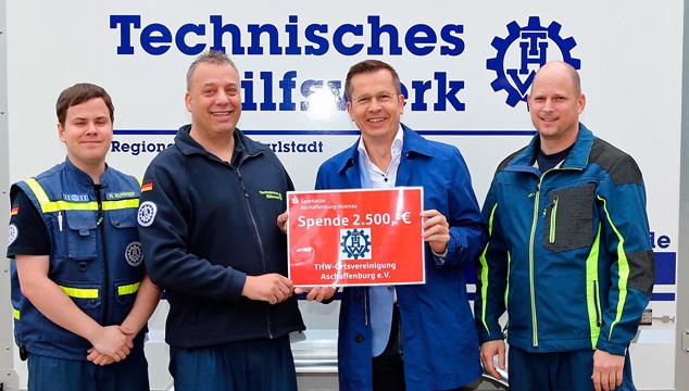 Sparkasse unterstützt das Technische Hilfswerk Aschaffenburg e.V.