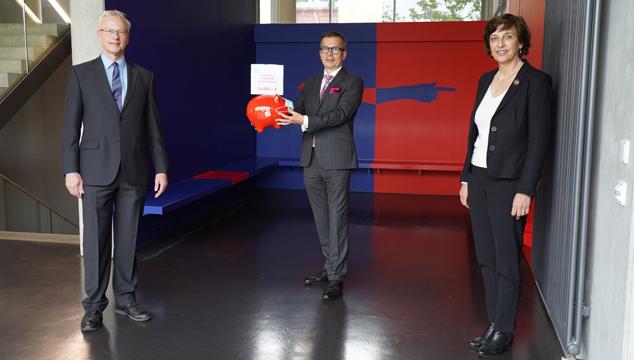 Sparkasse unterstützt die Technische Hochschule Aschaffenburg zweifach