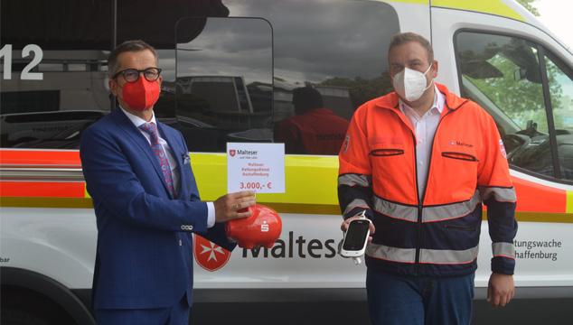 Sparkasse unterstützt den Malteser Rettungsdienst